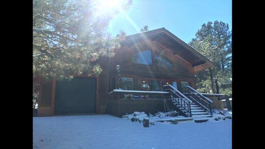 Circle Z Mountain Home