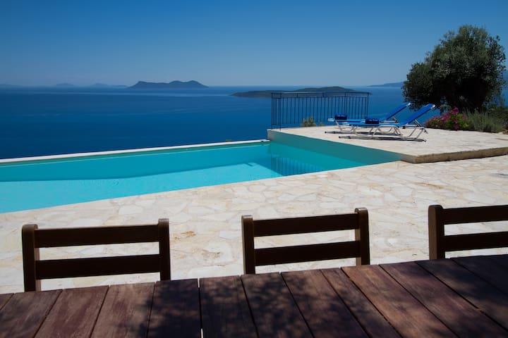 Villa Coquili, Most Amazing View  - Apollonioi - Vila
