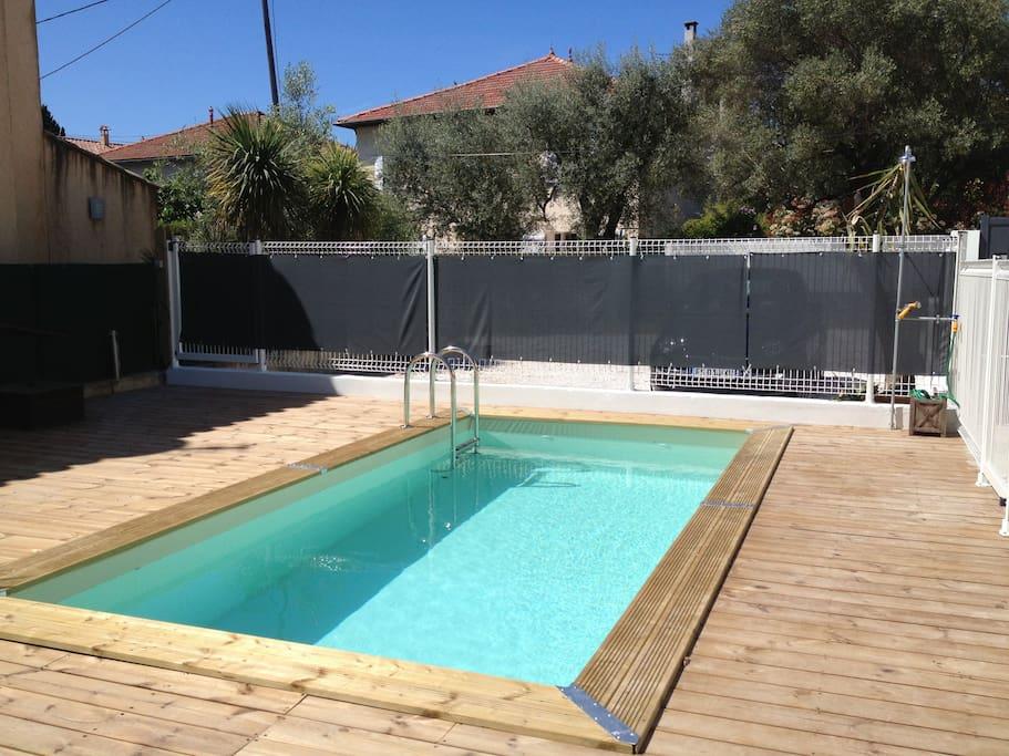 Belle maison de charme avec piscine huizen te huur in for Camping sanary sur mer avec piscine