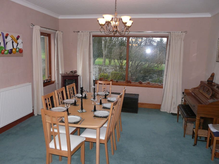 The dining-room with seating for 8 guests