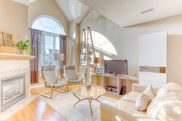 Modern Condo Loft Kanata/Ottawa - Bright and comfy