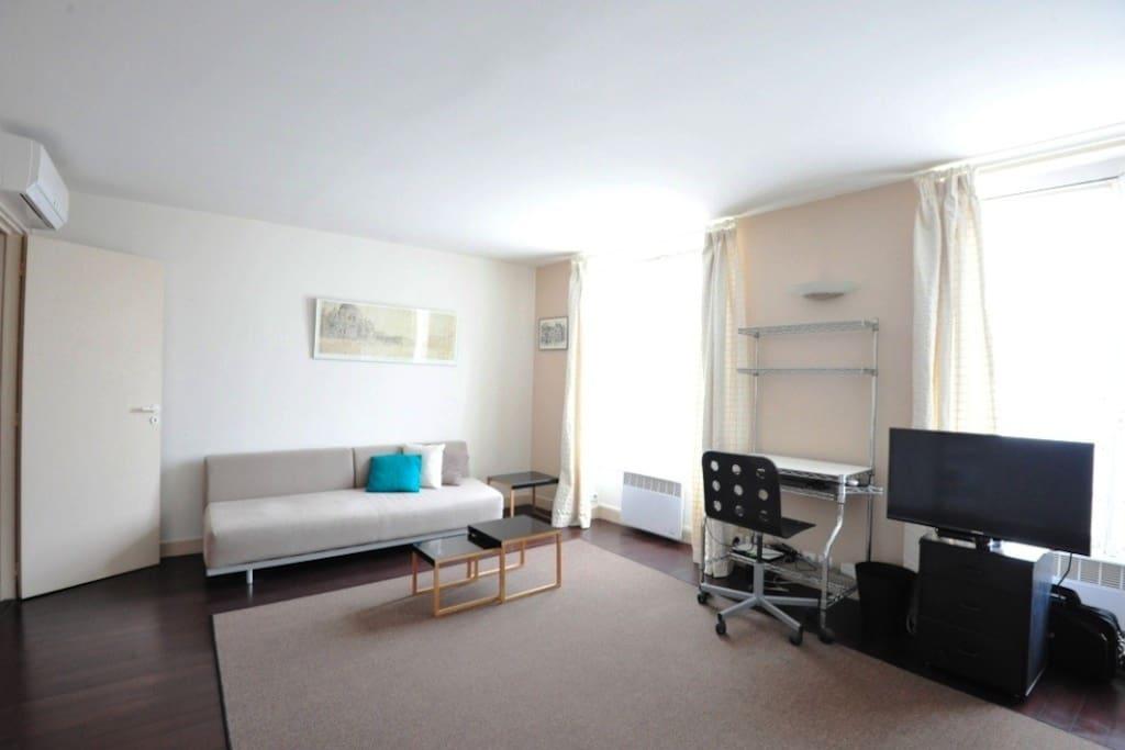 studio paris 5e contrescarpe wohnungen zur miete in paris le de france frankreich. Black Bedroom Furniture Sets. Home Design Ideas