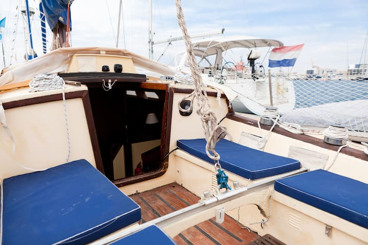 Wooden Sailboat with WiFi - Alicante - Barco