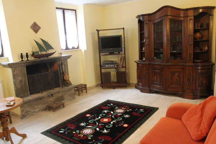 Una casa tra gli ulivi della Sabina - Palombara Sabina - House