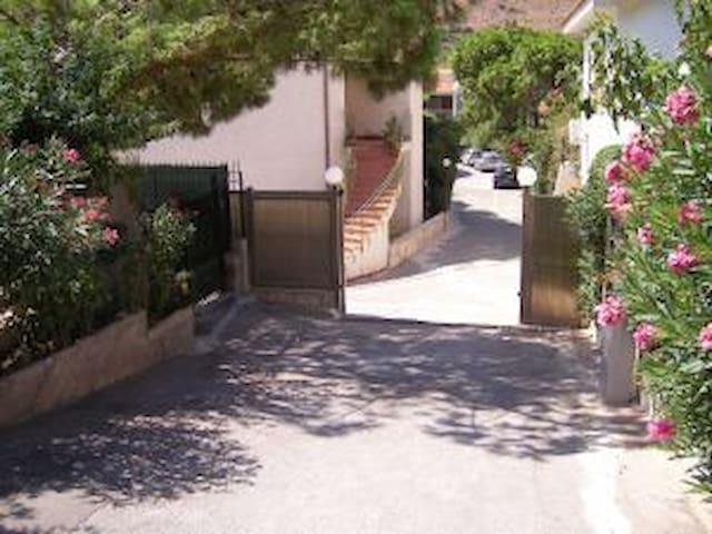 ingresso residence