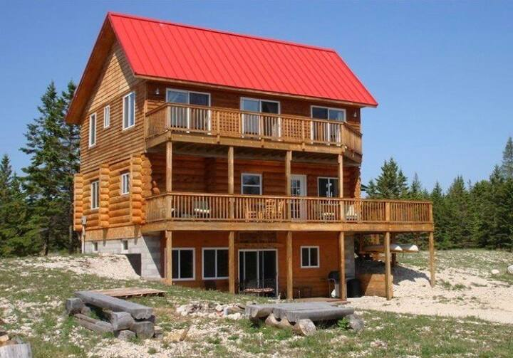 Secluded Island Log Cabin on Lake Huron Shore
