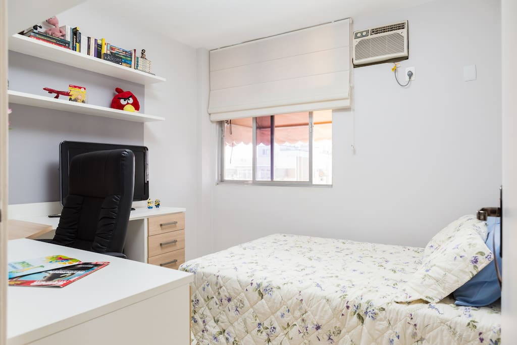 Not too fond of the Sun or the hot Rio weather?  Not a problem! Your room has AC, sunshield, filmed windows and curtains.