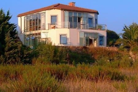 Villa Sardinien - Bassacutena
