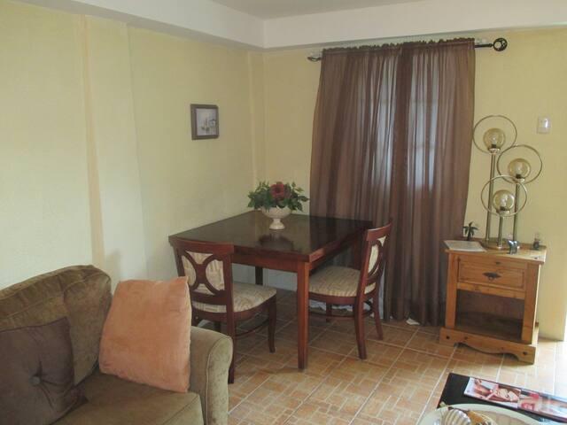 Heaven's Villa (Apartment B)  - El Socorro - Apartemen