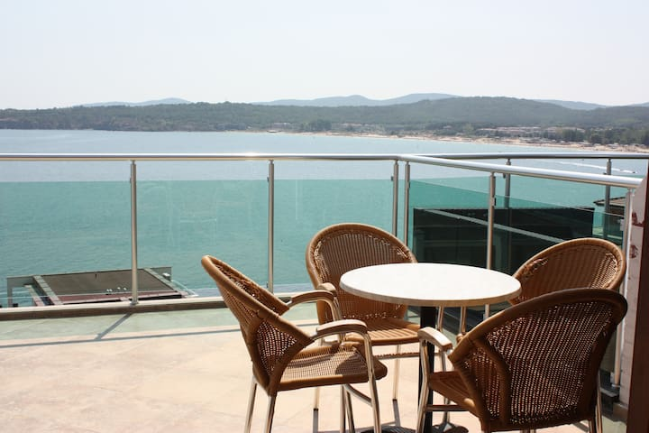 Wonderful Penthouse Apartment,Panorama Bay,Sozopol