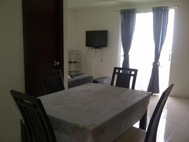 2 Bedroom Apt in Ancol w Ocean View - North Jakarta - Flat