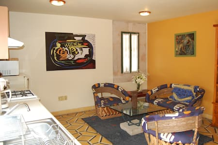 Two-bedroom apartment, old Morelia.