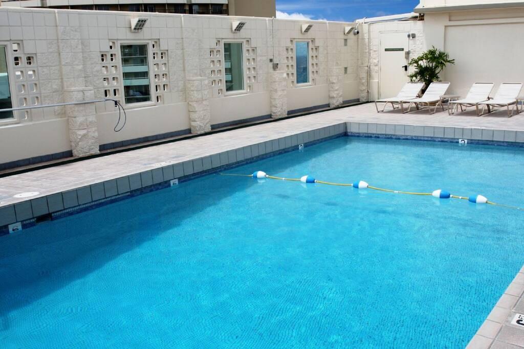 Swiiming pool is on the 28th floor.  Fantastic views.