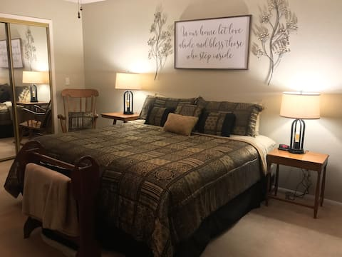 Duncan King Suite, Midtown Ruidoso