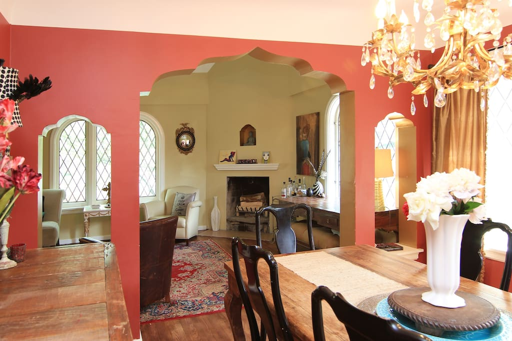 Cozy dining room with seating for 6 to 8, great space to detox, eat, work on your lap top.