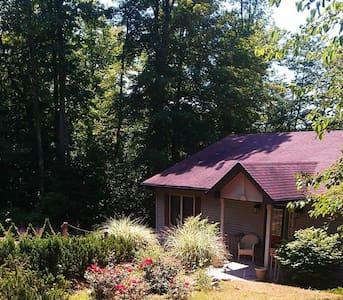 The Ellsworth Lake House - Ellsworth