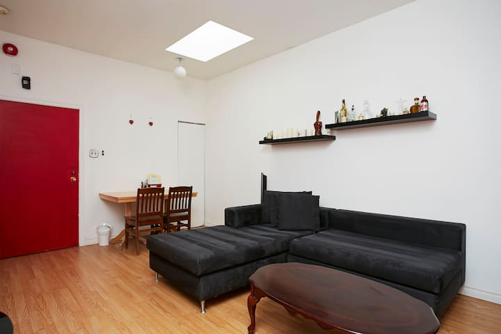 Downtown MTL 2 bedroom APT - Montreal - Apartamento