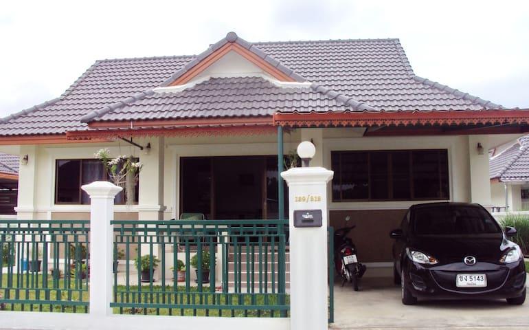 Noy's Chiang Mai Homestay - Chiang Mai San Klang - Dům