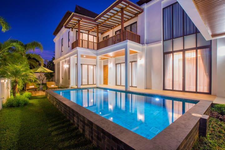 3 BDR Villa Palavee