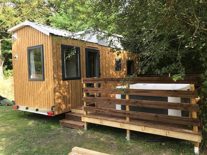 Tiny House avec spa, vivre petit, 2-4 pers.