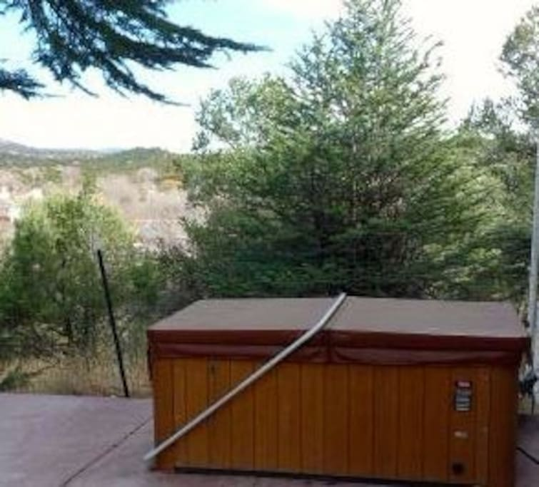 shared hot tub with mountain view