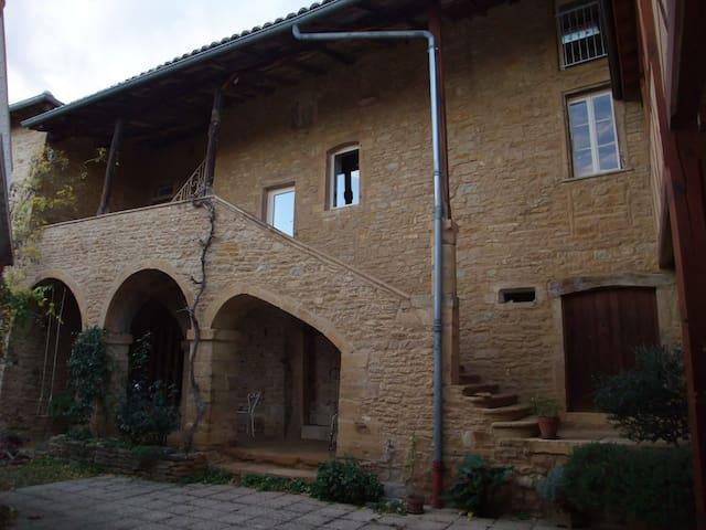 Grande maison charme et caractère 1 - Le Bois-d'Oingt - บ้าน
