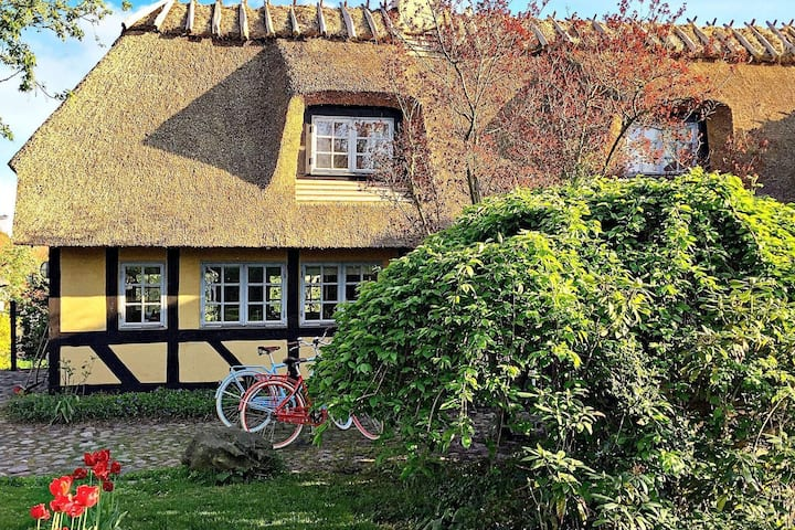 10 person holiday home in Rudkøbing