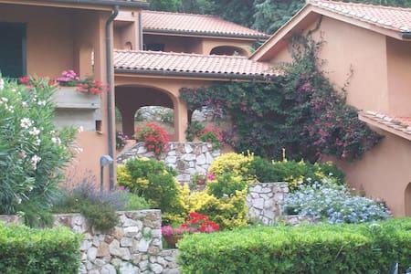 Residence Acquabona-Piscina e Golf - Portoferraio - Apartamento