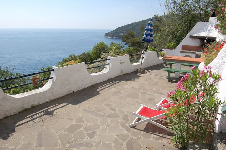 Elba villa con stupenda vista mare - Rio Marina - Villa