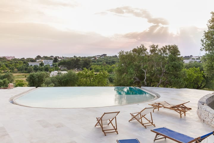 Stylish Trullo's Lamia with pool - Ostuni - Annat