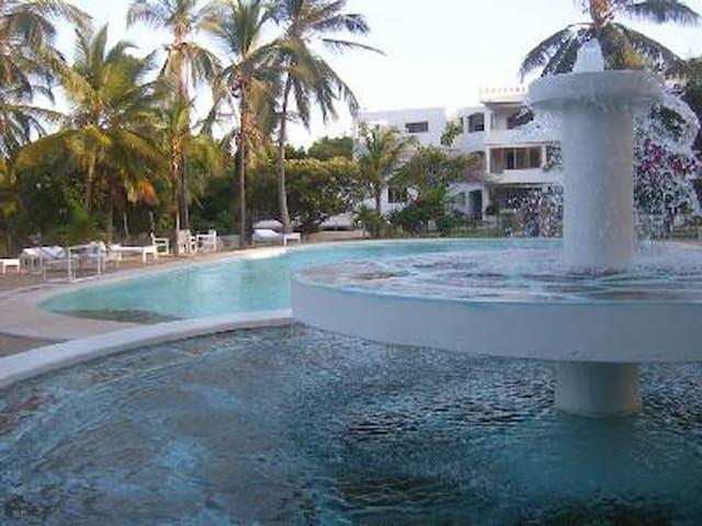 Beach, town N°1 apart best location - Malindi - Huoneisto