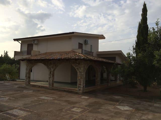 Villa near Palermo/Airport - Cinisi - House