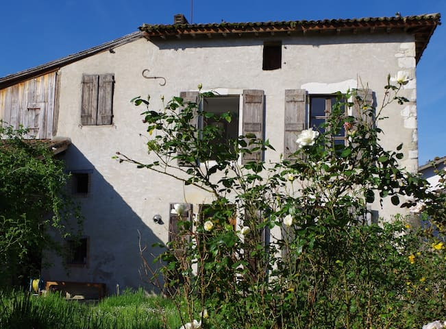 BEAUTIFUL COUNTRY HOUSE 13e CENTURY - Bellocq - House