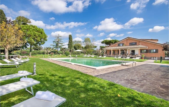 Stunning home in Anguillara Sabazia with Outdoor swimming pool and 11 Bedrooms
