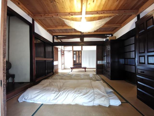 ゲストルーム 14畳和室