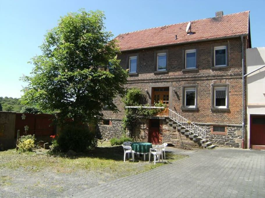 Spacious home in german countryside houses for rent in for Big houses in germany