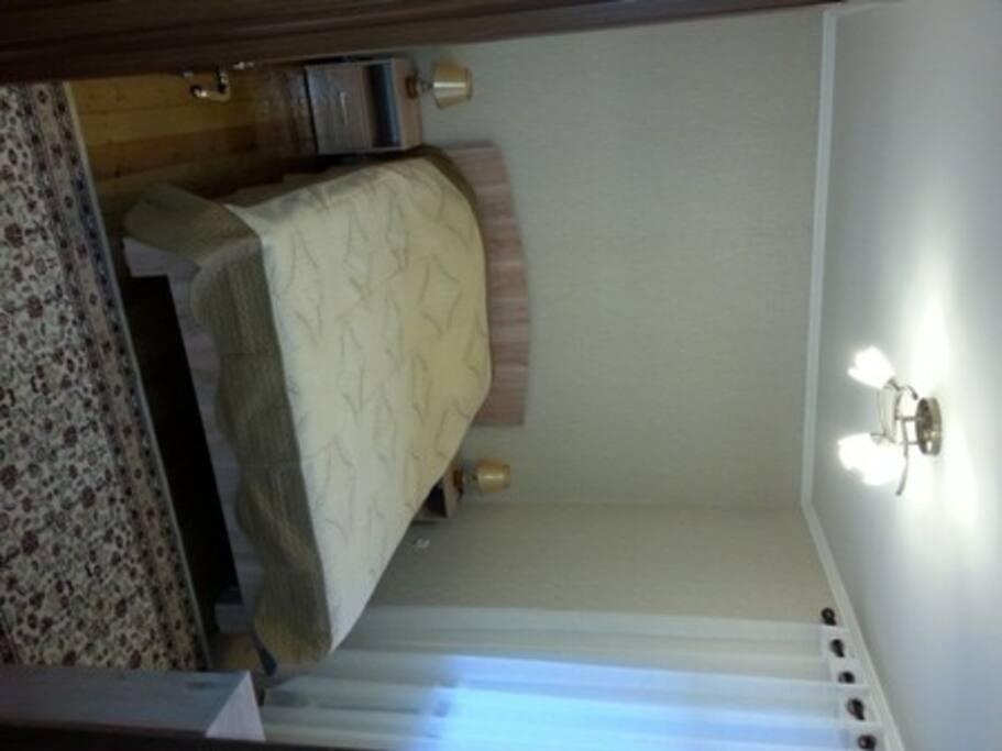 Спальня 1. Вид со стороны двери