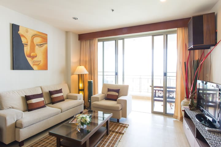 Dream beach condo in Thailand (Hua-hin/Cha-am)