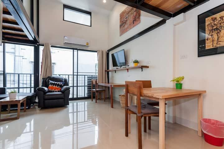Loft公寓 2个卧室 Silom-5分钟 BTS S Taksin