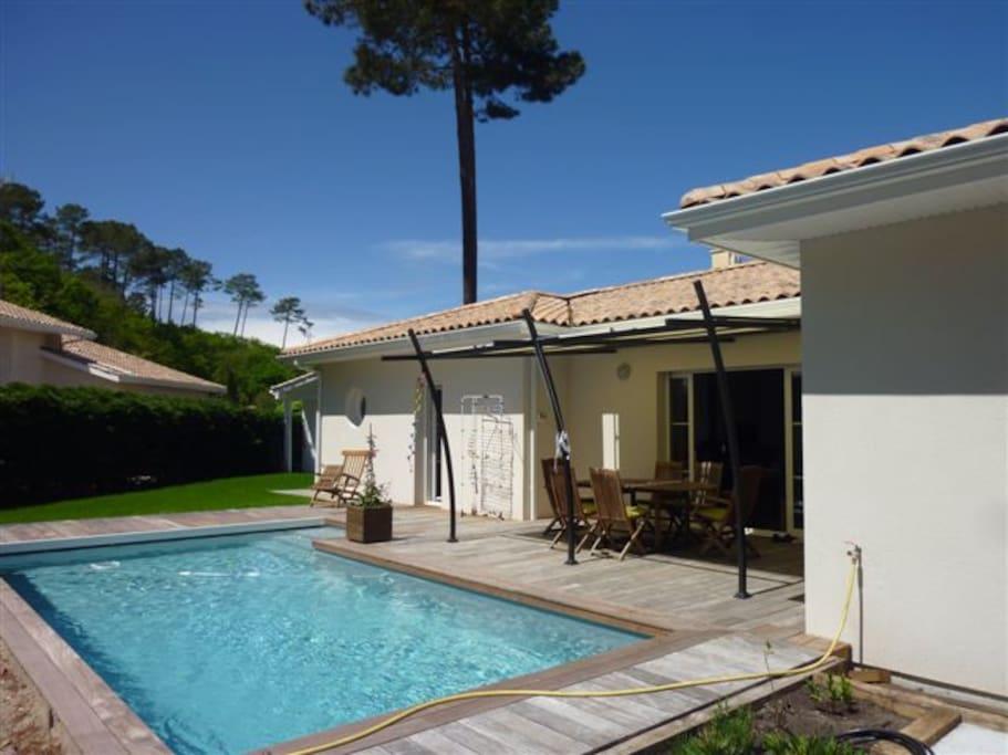 Villa avec piscine chauff e proche dune pyla villas for Piscine la teste de buch