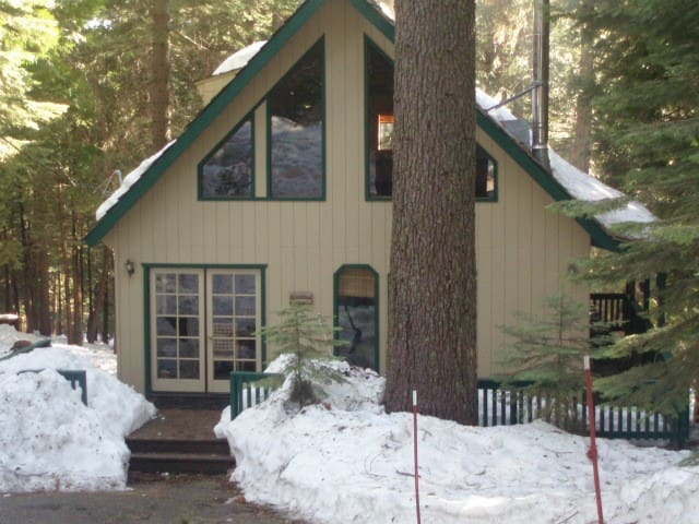Cozy Dorrington Chalet-Spring Rate $135 - Camp Connell - Srub