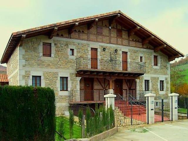 Casa rural Sagastietxea II - Eguaras - Dům
