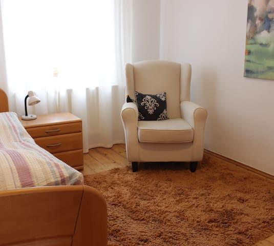 gemütliches, ruhiges Einzelzimmer