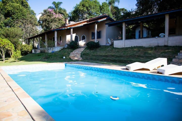 Chácara CampoAmor c/ piscina, churrasqueira e Wifi
