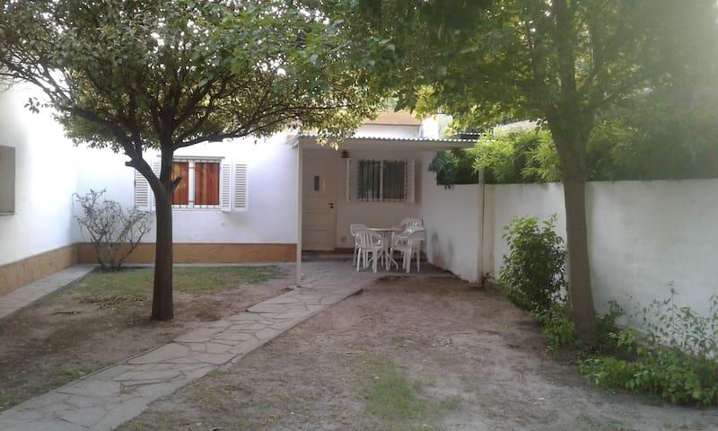 Casa de 2 habitaciones - Villa Cura Brochero - Huis