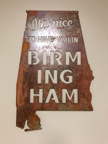Walking distance of UAB. - Birmingham - Departamento