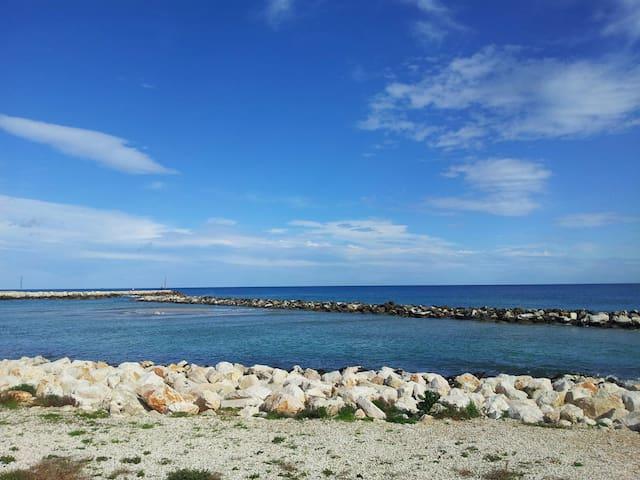 Citofonare A.D. - da Debbina - Mola di Bari - Bed & Breakfast