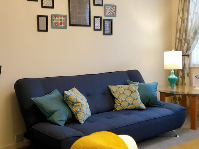 3 apartments Leamington Spa sleeping 18 & PARKING!
