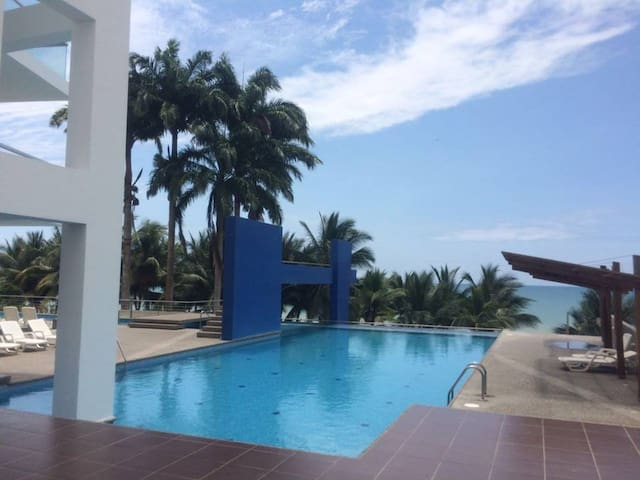 SUITE/ Resort Playa Azul- Tonsupa-Ecuador-PACÍFICO - Tonsupa - Wohnung