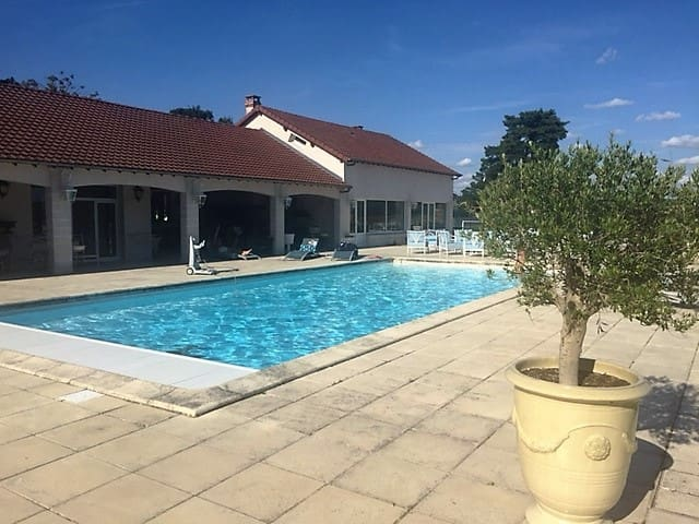 Gde Villa en Normandie  tennis, piscine & barbecue